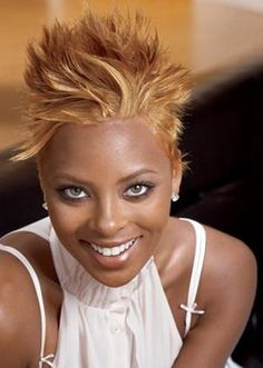 Mohawk Hairstyles for Black Women; Different Mohawk Styles maintainA Mohawk hairstyles for black women could be short in hair, and surely not really short on design. Mohawk Hairstyles For Women, Famous Hairstyles, Short Black Hairstyles, Short Hair Cuts, Short Hair Styles, Blonde Hairstyles, Hairstyles 2018, Pixie Cuts, Relaxed Hairstyles