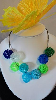 DIY colorful necklace with 3D pen from maypopstudio.com #diy #3DPen #3DCreation…