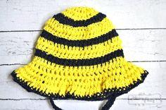 Crochet Bumblebee Sun Hat – Free Pattern in All Sizes!