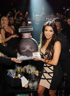 Pin for Later: How Kim Kardashian Went From LA Party Girl to Hot Mom and Mogul She celebrated the launch of her fragrance at Tao Las Vegas in February Kim Kardashian 2010, Kardashian Style, Kardashian Jenner, Kim And Kourtney, La Girl, Perfume, Cute Celebrities, Club, Vestidos