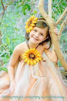Fall theme tutu dress with sunflower headband! Great for photo shoots, birthday or dress up!