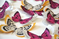 """Lot de 5 papillons en papier ancien - Modèles """"Eloan"""" et """"Eulalie"""" : Accessoires de maison par les-petits-pois-sont-bleus"""