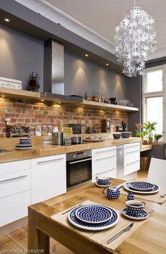 50 Best Kitchen Cabinets Design Ideas To Inspiring Your Kitchen 40 kitchen Best Kitchen Cabinets, Kitchen Cabinet Design, Interior Design Kitchen, Kitchen Countertops, Gray Cabinets, Kitchen Flooring, Home Interior, Kitchen Backsplash, Kitchen On A Budget
