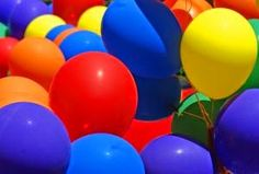 Balloon Stomp: Divide into equal teams. Each team gets the same number of pre-filled balloons (water or air). The objective is to pop the other team's balloons while keeping your team's balloons intact. The last team with balloons wins. Activity Games, Fun Games, Party Games, Games To Play, Youth Group Activities, Youth Games, Youth Groups, Large Group Games, Pe Ideas