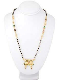 Elegant Clothing And Fashion Jewelry Set Online Fashion Accessories, Fashion Jewelry, Beaded Necklace, Gold Necklace, Traditional Fashion, Elegant Outfit, Indian Jewelry, Hinduism, Beads