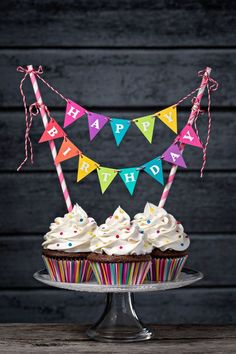 Easy and simple ways to hashtag your birthday! Includes Happy Birthday food hashtags, celebration hashtagging ideas, kid birthday hashtags to use and more. Happy Birthday Cupcakes, Happy Birthday Images, Happy Birthday Greetings, Birthday Cake Toppers, It's Your Birthday, Happy Birthday Decor, Diy Birthday Gifts For Him, Birthday Ideas, Birthday Hashtags