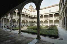 Alonso, Villas, Mansions, House Styles, Santa Cruz, Spanish Architecture, 15th Century, Renaissance, Space