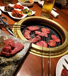 . 焼肉はもう、ご馳走になってることが大半で 「上/特上●●」しか頼まない...。笑 育成され具合(*´ω`*)🥩 . #yakiniku #meat #焼肉 #極上 #yummy #tokyo #肉