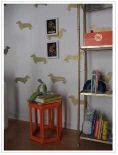 need this weenie dog wallpaper