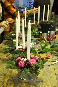 Love use of galvanized containers Rustic Centerpieces, Flower Centerpieces, Table Decorations, Galvanized Decor, Galvanized Metal, Bouquet, Floral Arrangements, Table Arrangements, Christmas Deco