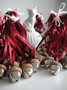 Set of 100 Acorn jingle bells.  ♥ Great decorations for Christmas, Rustic Wedding or Home Decoration to spend time with your family in warm atmosphere of coziness!  ♥ All the Ribbon Colors are Available. Take a look at the Ribbon Palette on the second photo.  ♥ Acorn Bell measures: 0.8 inches in height and 0.7 inches wide (or 2 cm x 1,8 cm).  ♥ You may Mix the Ribbons and the Bells colors - just let me know if you would like to get a colorful set!  ♥ All acorns hats are perfectly fitted to…