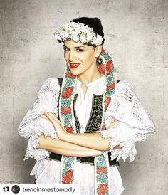 Aj @karinhaydu nosí #praveslovenske  stala sa oficiálnou ambasádorkou medzinárodného módneho veľtrhu @trencinmestomody  v termíne od 22.9.-23.9.2017.  www.tmm.sk #slovensko #trencin #slovakia #kroje #kroj #folk #folklor #folklore #traditions #traditional #fashion #style
