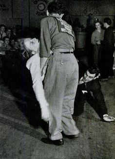 Dance till you drop (11 photos)