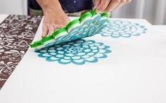 HOW IS THIS for Quick, Cheap, and Easy? Make a stencil from foam and apply to a Recycled Crafts, Diy And Crafts, Interior Design Shows, Deco Paint, E Piano, Snow Flakes Diy, How To Make Stencils, Stencil Art, Diy Canvas
