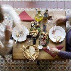 Villa Bardon Sluizeken 10 9000 Gent 09/336 17 13 Keuken open Donderdag tot Maandag van 18u - 22u Gesloten op dinsdag en woensdag