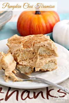 Combining the flavors of a creamy pumpkin latte & warm chai spices, this no-bake Pumpkin Chai Tiramisu is a must-make dessert for fall. Best Dessert Recipes, Easy Desserts, Delicious Desserts, Yummy Food, Holiday Desserts, Cold Desserts, Sweets Recipes, Healthy Desserts, Lunch Recipes