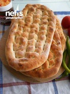 Tırnak Pide (kebapçı Pidesi) Tarifi Greek Cooking, Cooking Time, Cooking Recipes, Pita Kebab, Pita Recipes, Best Food Ever, Bread And Pastries, Breakfast Items, Turkish Recipes