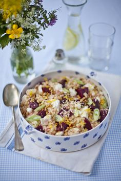 Beetroot, Feta and Cous Cous Salad Couscous Recipes, Couscous Salad, Pasta Salad, Side Recipes, Healthy Recipes, Weeknight Recipes, Savoury Recipes, Healthy Meals, Easy Recipes