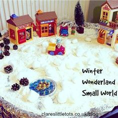 ** LOVE THE TIN FOIL LINED TUFF SPOT ** Winter wonderland small world play. Easy to set up using only 1 ingredient and encourages lots of imaginative and sensory play. Winter Fun, Winter Theme, Winter Christmas, Preschool Christmas, Christmas Activities, Christmas Crafts, Eyfs Activities, Nursery Activities, Snow Activities