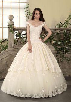 Vintage Chapel Train Off The Shoulder Satin Princess Wedding Dress