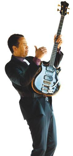 Apprenez à jouer la guitare basse comme Stanley Clarke sur MyMusicTeacher.fr Jazz Musicians, Jazz Artists, Music Artists, Music Guitar, My Music, Victor Wooten, Stanley Clarke, Jazz Players, Acid Jazz