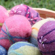 Felted Easter Egg Tutorial close up waldorfmoms
