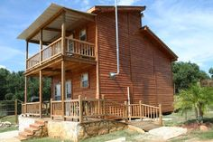 The Exotic Resort Zoo (Johnson City, TX) | Wake up with wild animals when you stay at one of these cabins at this awesome resort zoo in Texas! With over 500 animals on the preserve, this is a place that the entire family can enjoy together.