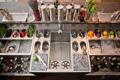 Conception double stations de travail en inox - Bespoke Cocktails Bar