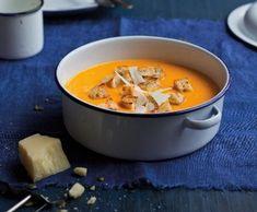 Polévka z pečeného česneku a dýně | Recepty Albert Fondue, Pudding, Pumpkin, Cheese, Drinks, Ethnic Recipes, Desserts, Drinking, Tailgate Desserts
