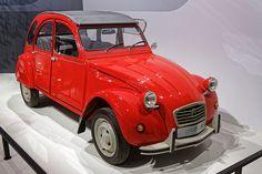 1948- 1990: Citroën 2CV