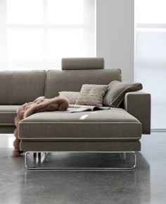 1000 images about divani poltrone sofas on pinterest. Black Bedroom Furniture Sets. Home Design Ideas