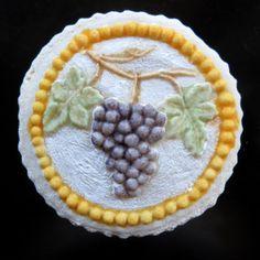 Springerle Joy Mold 2732. Bunch of grapes.