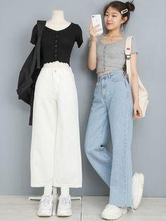 a r i e l korean clothing aesthetic Korean Girl Fashion, Korean Fashion Trends, Ulzzang Fashion, Korea Fashion, Asian Fashion, Look Fashion, Kpop Fashion Outfits, Korean Outfits, Grunge Outfits