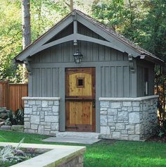 Detail garden shed | photography: Emily Followill | homerebuilders | Flickr