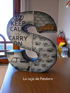 La caja de Pandora: De todo un poco: bolsa de tejer, letras, regalos...