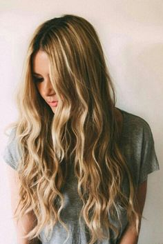 Loose waves aren't just for summertime! Image via @odix.