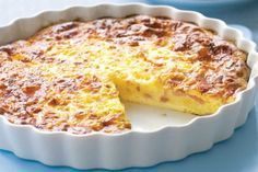 Quiche Lorraine without dough recipe Weight watchers. I propose you a tasty recipe of quiche lorraine without paste, simple and easy to realize. Quiche Recipes, Ww Recipes, Cooking Recipes, Family Recipes, Easy Dinner Recipes, Chicken Recipes, Healthy Recipes, Bisquick Impossible Quiche Recipe, Ham And Cheese Quiche