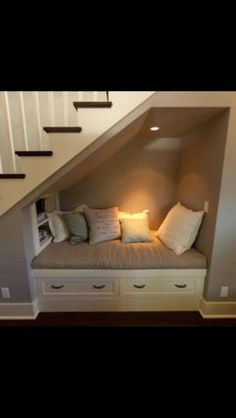 under stairs reading nook. Man my home is gonna be filled with reading nooks all… under stairs reading nook. Style At Home, Space Under Stairs, Under Staircase Ideas, Shelves Under Stairs, Bed Under Stairs, Under Basement Stairs, Under Stairs Dog House, Basement Stairway, Under The Stairs Toilet
