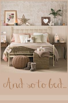 Chambre beige et taupe id es taupe nos d co rose idee deco chambre beige taupe . Shabby Chic Bedrooms, Bedroom Vintage, Bedroom Rustic, Trendy Bedroom, Vintage Room, Glam Bedroom, Modern Bedroom, Natural Bedroom, Diy Bedroom