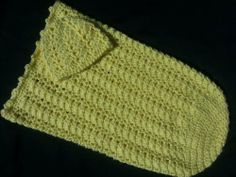 Sunshine and Shells Baby Cocoon & Hat Set ~ free pattern
