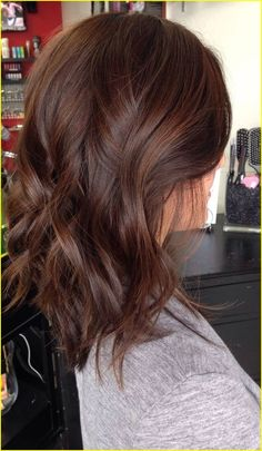 Brunette hair color 00005