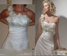 Beware the online discount wedding dresses: Angry brides share knock-off nightmares after buying gowns that looked stunning online but are HIDEOUS in real life. Clothing Fails, Bridal Gowns, Wedding Gowns, Buy Wedding Dress Online, Jessica Parker, Wedding Dresses With Flowers, Green Gown, Before Wedding, Gowns Online