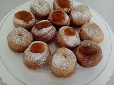 Desať receptov s kváskom - Žena SME Doughnut, Dessert Recipes, Pizza, Ale, Bread, Food, Meal, Ale Beer, Essen