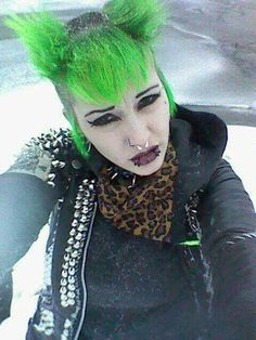 Punk Girls, Style Me, Cool Style, Punks Not Dead, Rockabilly, Emo, Goth, Crossover, Crock