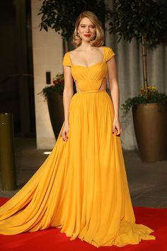 Red Carpet Dressing: Yellow Dresses Trend (Vogue.co.uk)                                                                                                                                                                                 More