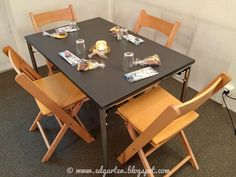 Edgarten - Gartenblog: 🕯 1. Advent im umgebauten Kirchenkaffee Advent, Dining Table, Furniture, Home Decor, Dekoration, Decoration Home, Room Decor, Dinner Table, Home Furnishings