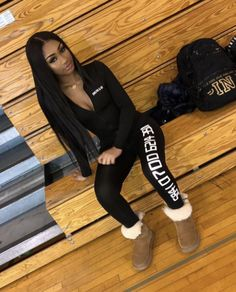 winter outfits baddie Viewer discretion is advised - winteroutfits Boujee Outfits, Cute Swag Outfits, Chill Outfits, Dope Outfits, Winter Fashion Outfits, Trendy Outfits, Fashion Boots, Winter Outfits For Teen Girls, Teenage Outfits