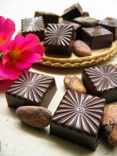 Csokoládé Reformer: Málnás meggypálinkás bonbon