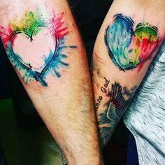 Volete sigillare il vostro amore con un tatuaggio di coppia? Ecco qualche idea romantica da cui prendere spunto.