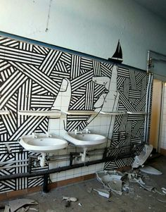 Graphic street art made of masking tape by Buff Diss - Artists Inspire Artists Masking Tape Art, Washi Tape Wall, Tape Wall Art, Duct Tape, Mural Art, Art Art, Wall Murals, Street Artists, Public Art